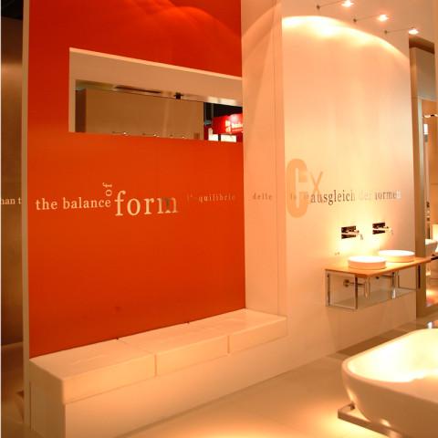 Catalano-stand-ISH2005_01